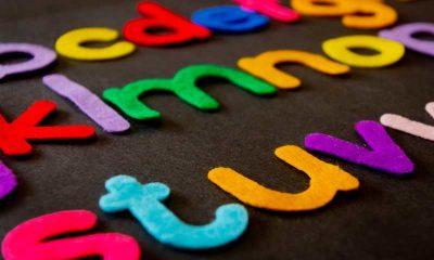 Cum îi putem ajuta pe cei mici să învețe o limba străină